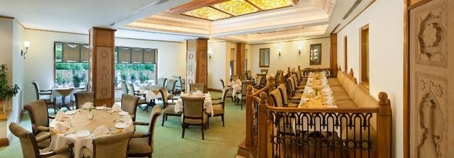 Garden_Court_restaurant