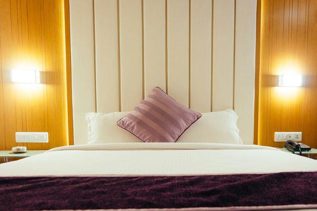Superb Hotel Royal Shelter Vapi Use Coupon Code Hotels Get 10 Off Download Free Architecture Designs Scobabritishbridgeorg