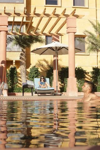 Jaisalmer marriott resort spa jaisalmer room rates - Jaisalmer hotels with swimming pool ...