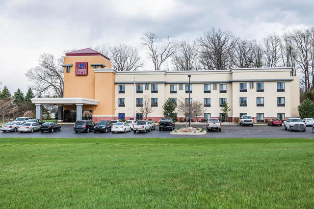 Comfort Suites South, Elkhart. Use Coupon Code HOTELS & Get 10% OFF.