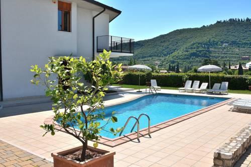 Ca\' Le Terrazze, Garda. Use Coupon Code >> STAYINTL << Get ₹ 2,000 ...