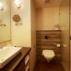 14-Varca-Bathroom-2