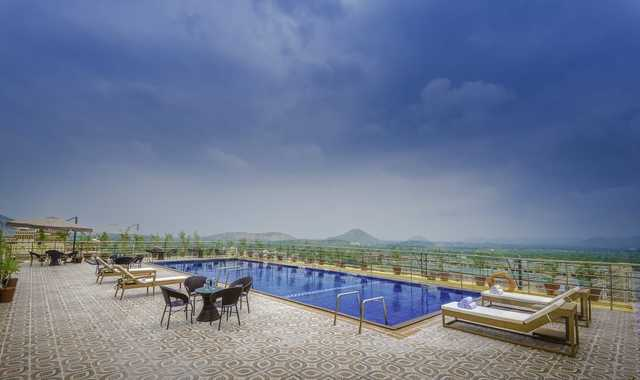 clarion-inn-jaipur-swimming-pool-122734893037-jpeg-fs