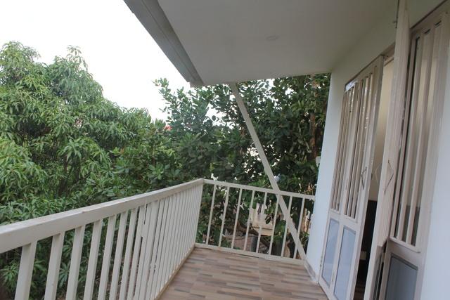 Balcony_1