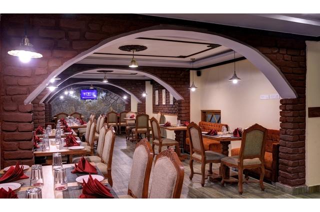 Restaurant.JPG1