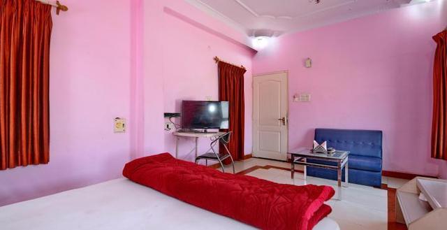hotel-kamal-regency-bhopal-201411130911106096_room_deluxe_ac___1_-84919657878-jpeg-fs