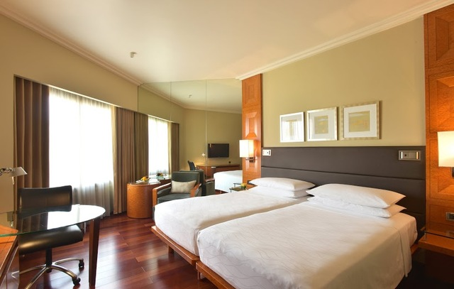 Hyatt_Guest_Room_Twin