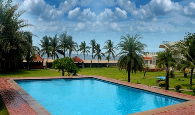 St james court beach resort pondicherry use coupon code bestdeal for Hotels with swimming pool in pondicherry