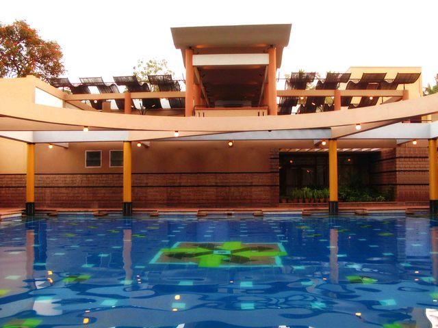 Hotel_Malligi_-_Hampi_-_Pool