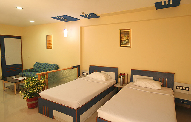 Executive_Twin_Suite_Room