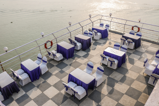 Rooftop_Restaurant_(4)