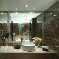Citrus_Resort_bathroom