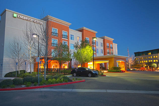 Charming Embassy Suites By Hilton Valencia   Downtown