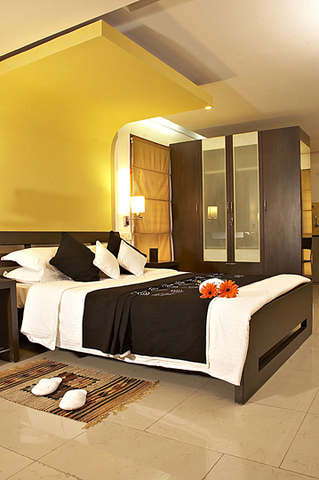 02._Red_Carpet_Residence_-_Suite_Bedroom