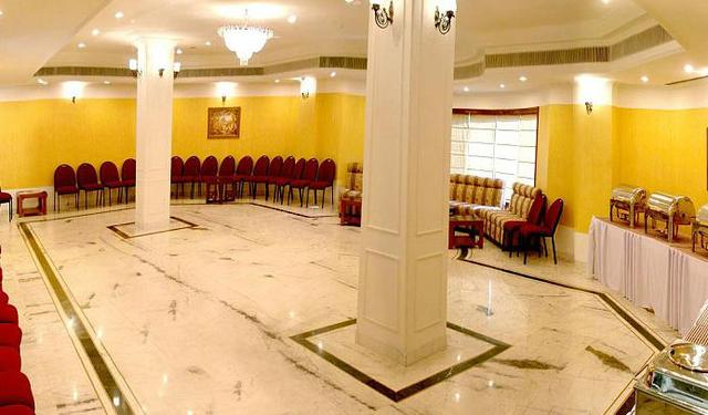 Banquet_hall_2