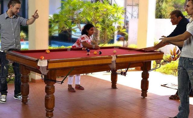 Pool-table-39896444fs