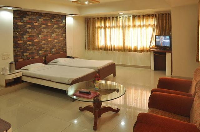 Hotel_Grand_Arjun_4.jpg