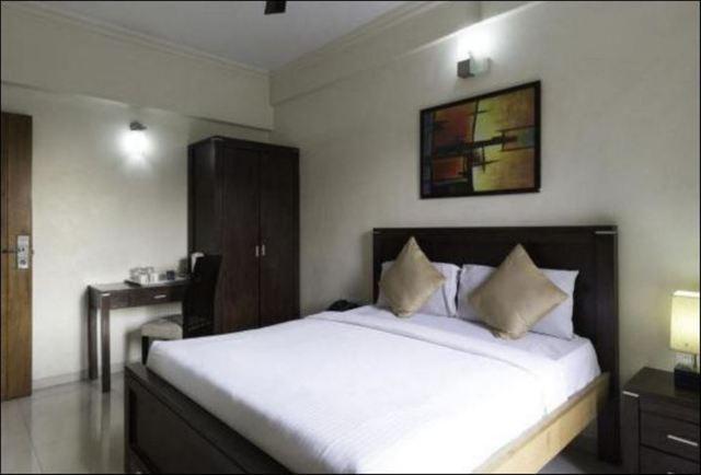 Elite_Suites_Room