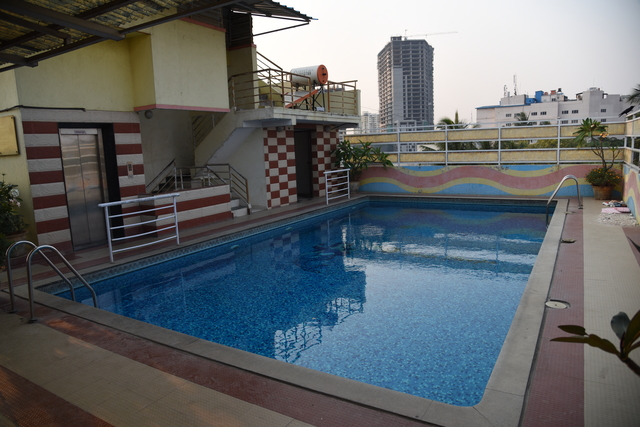 Golden metro hotel bangalore use coupon code festive - Metropolitan swimming pool karachi ...