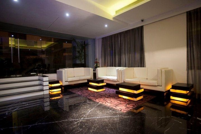 Lobby_Seating