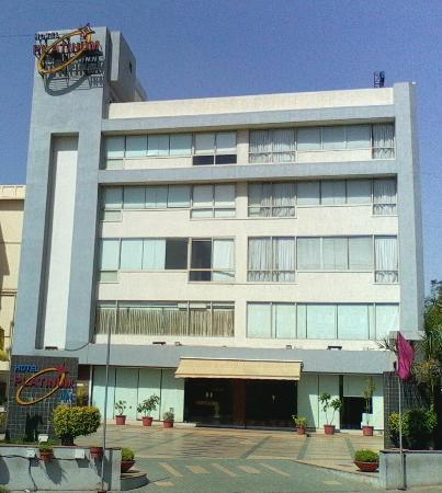 platinum-inn-hotel