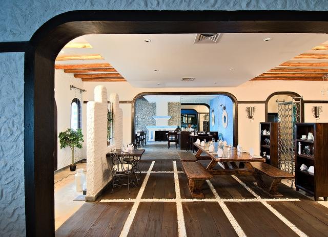 Estia-Mediternean_Restaurant__2_