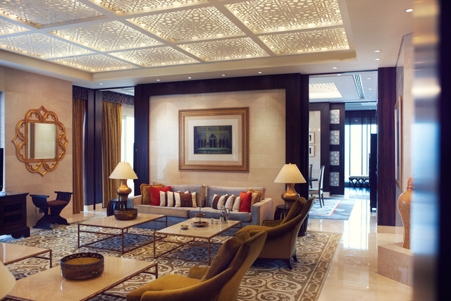 Royal_Suite_-_Middle_Eastern_-_Living_Room