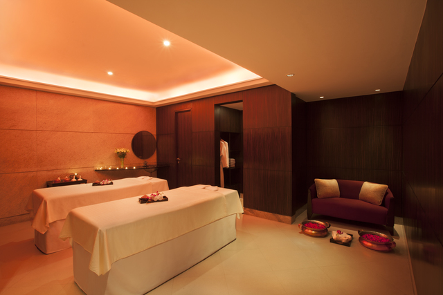 4_Spa_Couple_treatment
