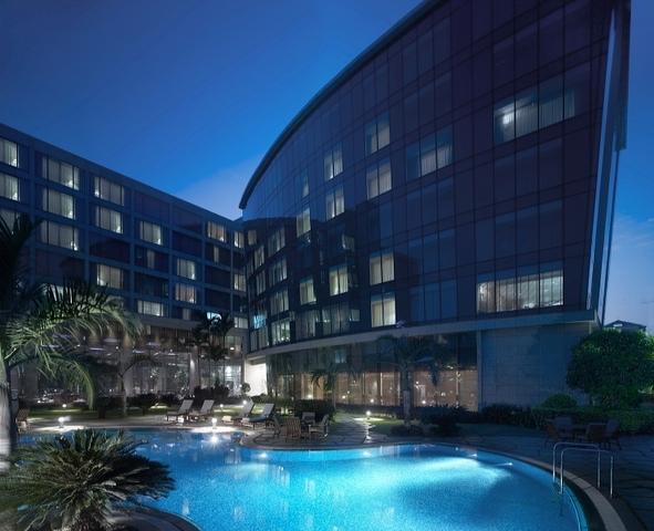 Hyatt_Regency_Mumbai-_Pool_1