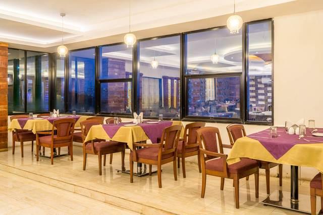 Restaurant_066
