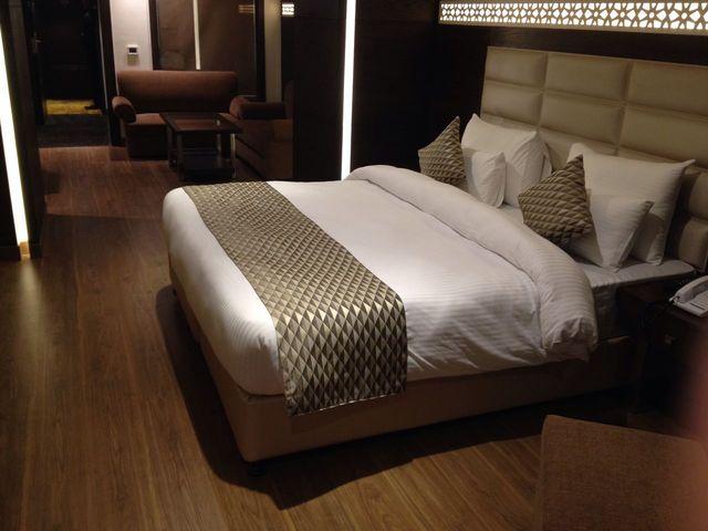 P._Suite_Room