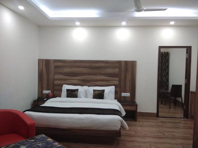 Family_Room_Main_image
