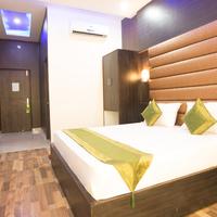 Oak_Room_3