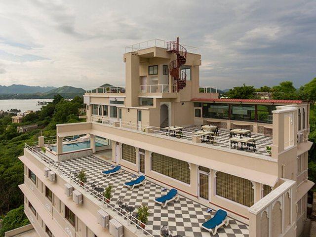 Raj Kuber, Udaipur  Room rates, Reviews & DEALS