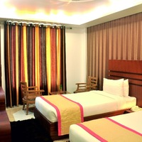 twin_bed_room