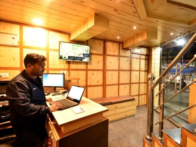 Hotel Cloud 7 Nainital Room Rates Reviews Deals
