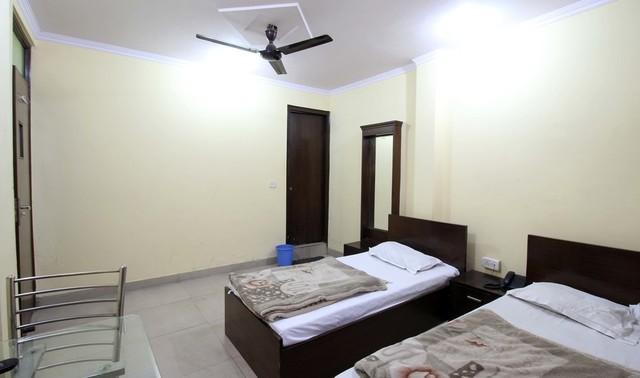 satyam_tripple_room