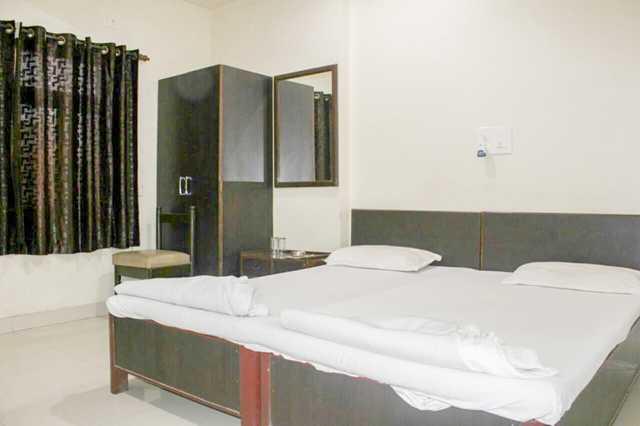 hotel-arjun-nagpur-9708f6cb-942f-4a84-a536-27f398e79ab4-115753447669-jpeg-fs
