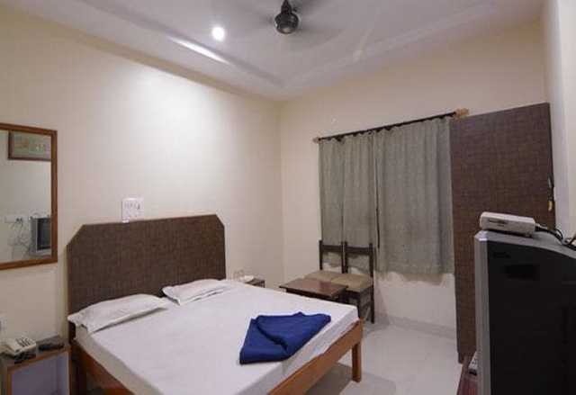 hotel-arjun-nagpur-hotel-arjun-room8jpg-nagpur-115663053295-jpeg-fs