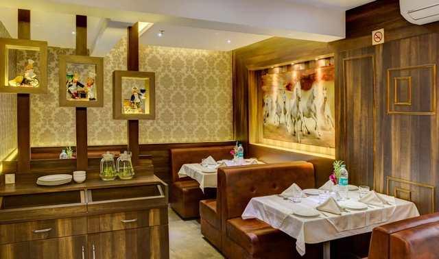 Restaurant_(4)_2wPN7A