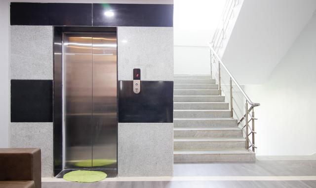 Hotel_Elevator-Edit