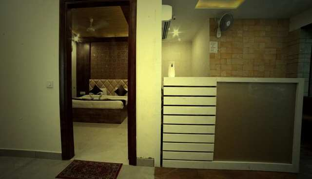 hotel-mm-paradise-amritsar-front-desk-113611768507-jpeg-fs