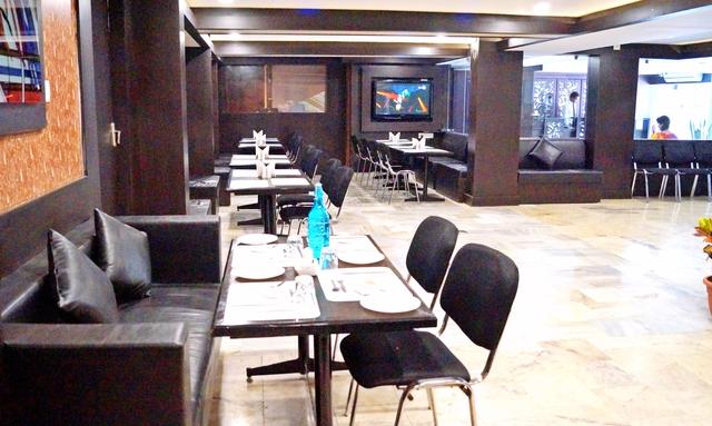 9_Restaurant_2