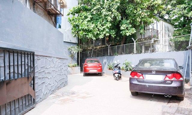 Parking1-Editlobbylobby