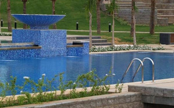 Swimming_Pool_1
