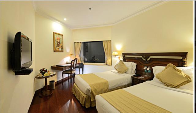 royal_plaza_deluze_twin_room