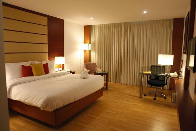 Lemon Tree Hotel Chennai Chennai Room Rates Reviews Amp Deals