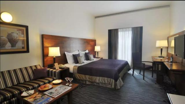 premier_room