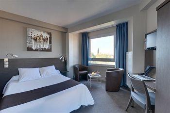 Promo code & hotel info