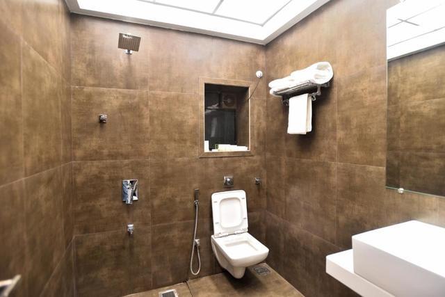 suite_bath